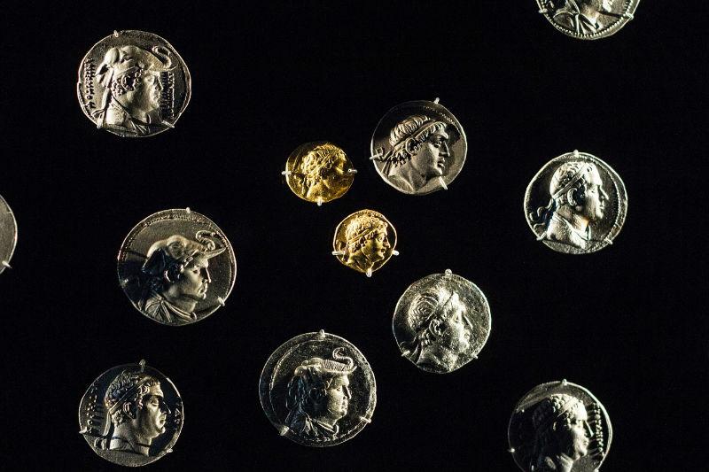 monedas oro plata