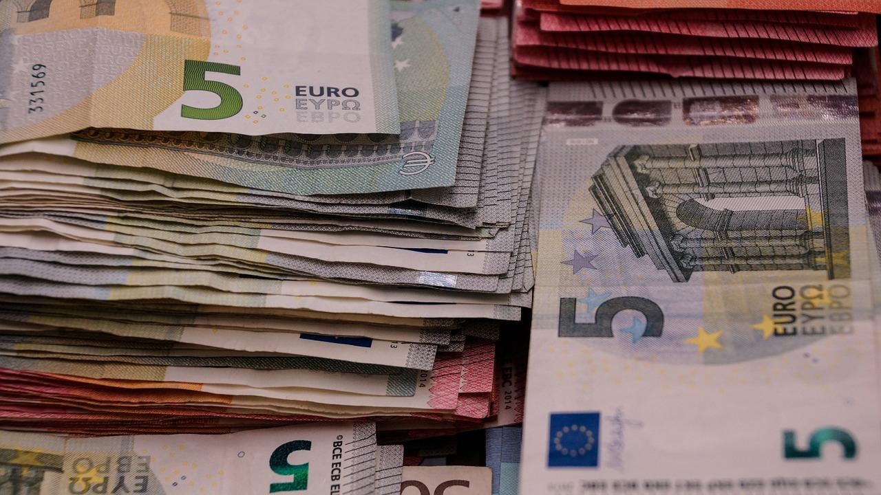 dineros billetes euro