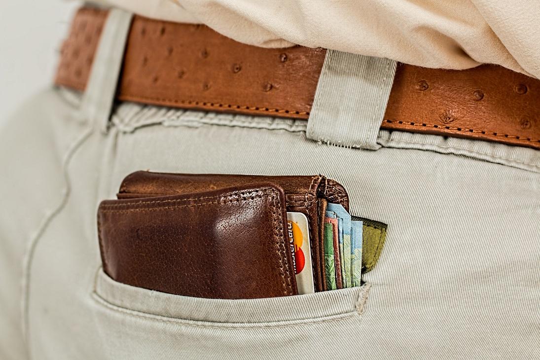 cartera bolsillo pantalon tarjetas