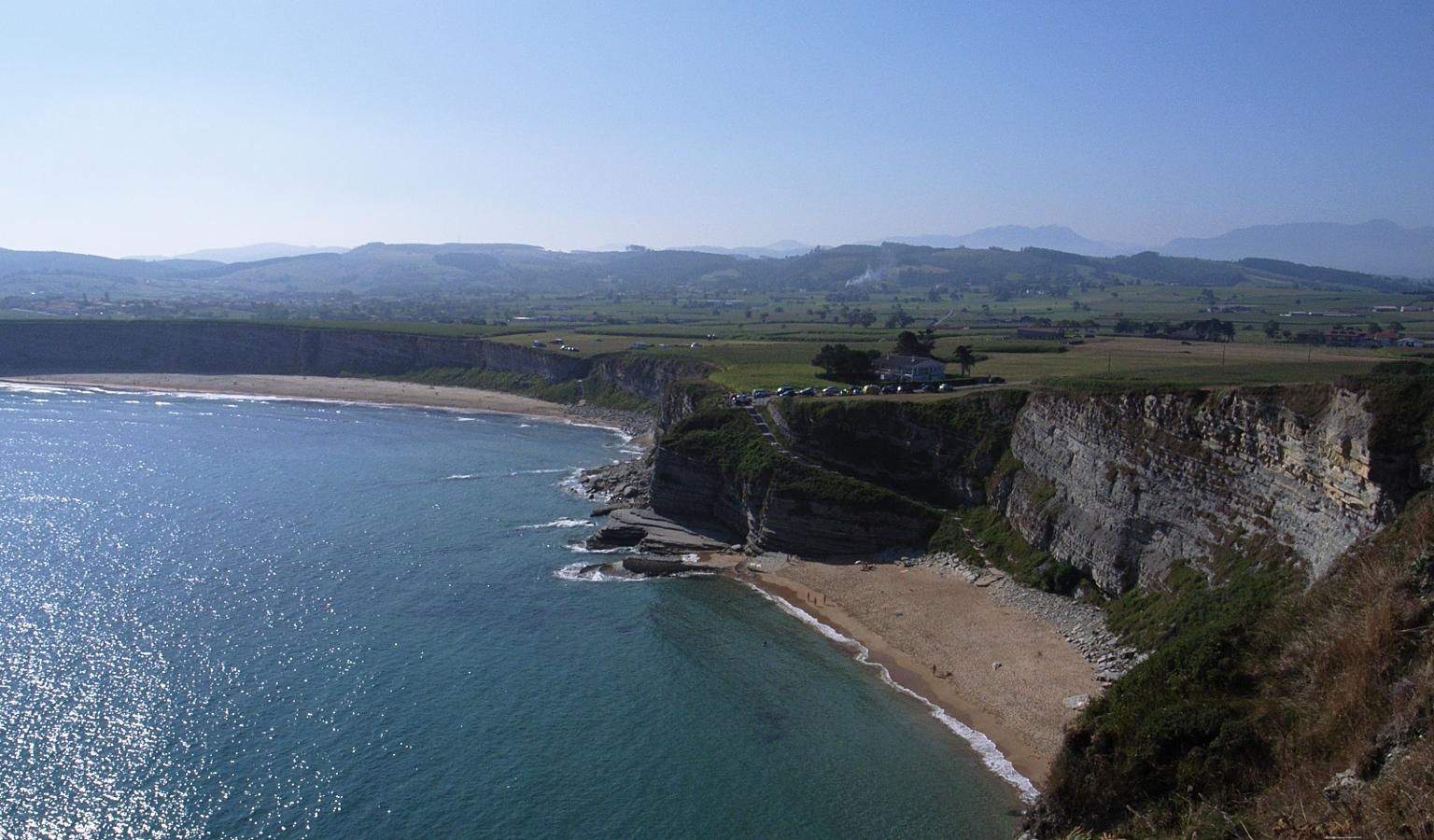 acantilado langre playa
