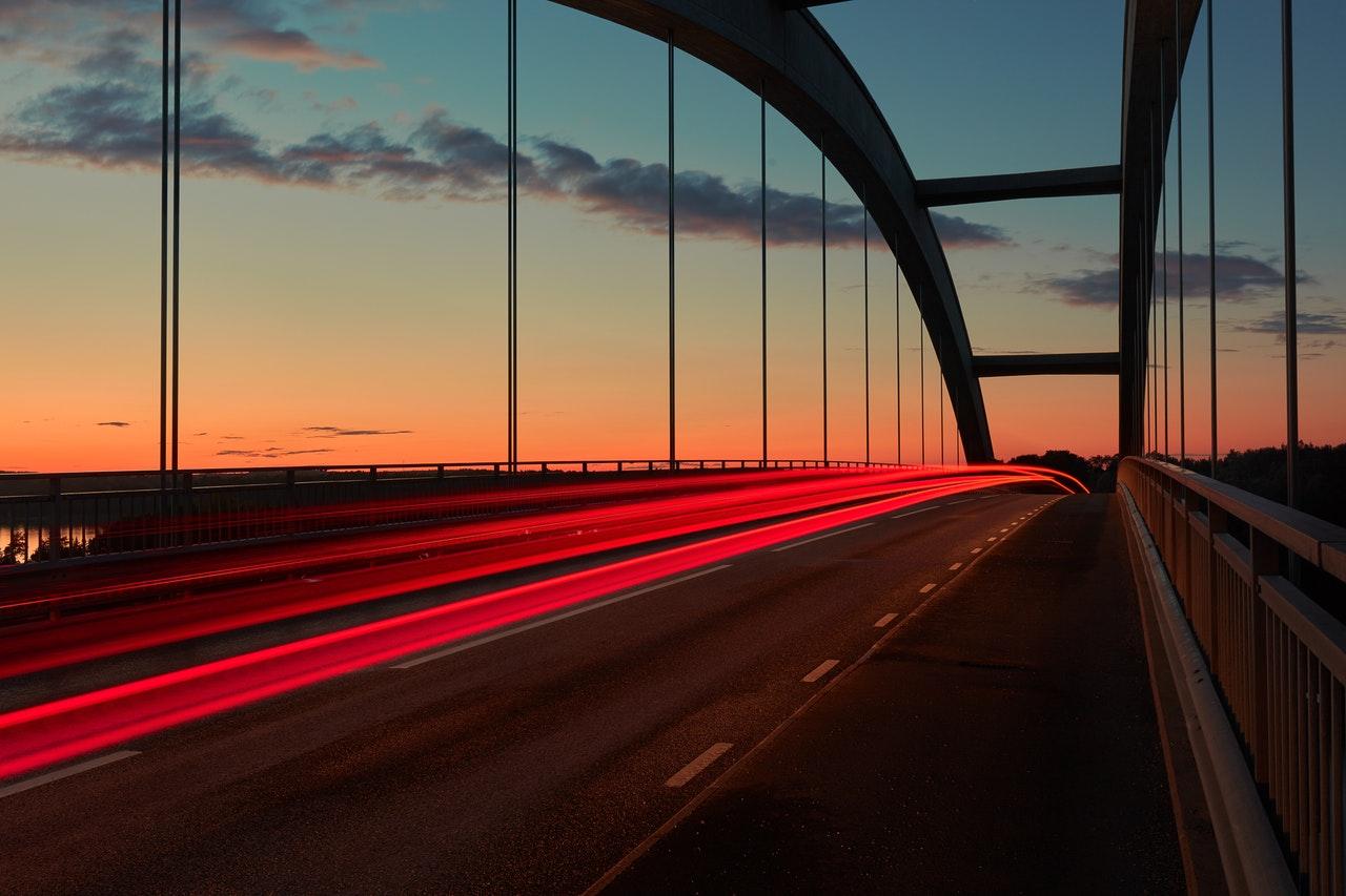 carretera puesta sol