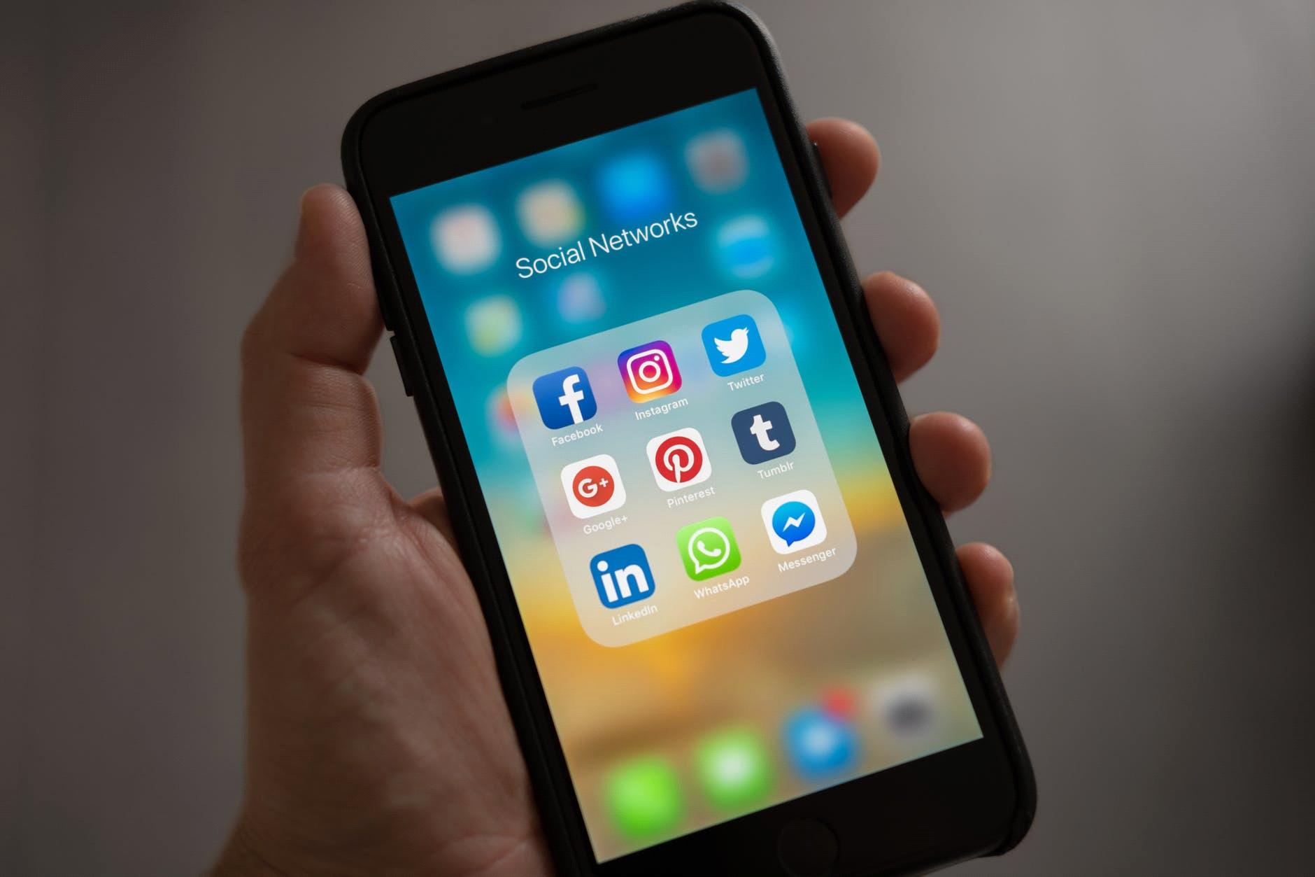 movil aplicacion redes sociales
