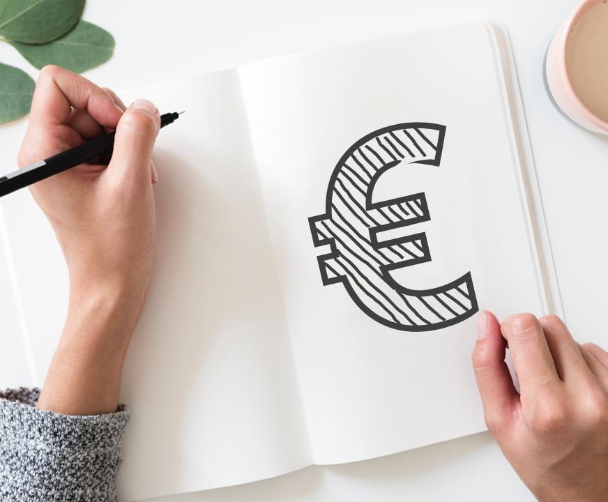 simbolo euro cuaderno