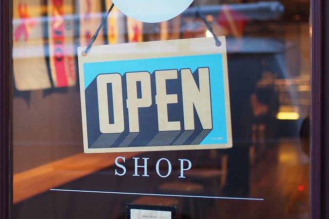 tienda abierta open letrero