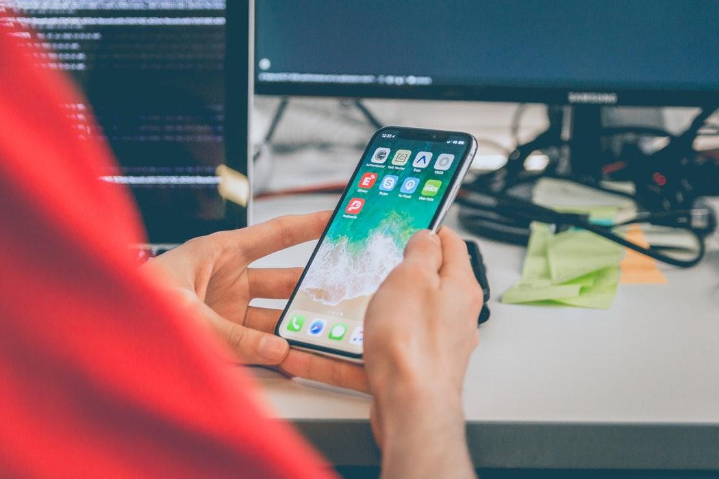 smartphone trabajar oficina